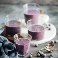 Blueberry Banana Smoothie - this easy drink is not only delicious and creamy, but also contains lean protein that helps you recover and build muscle after a workout. {Gluten-Free, Vegetarian Adaptable}
