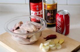 Braised Coca-Cola Chicken: Ingredients