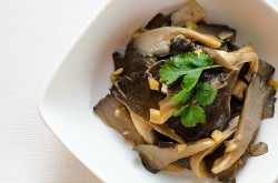 Easy Mushroom Stir-Fry | Omnivore's Cookbook