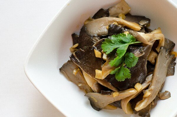 Easy Mushroom Stir-Fry | Omnivore's Cookbook