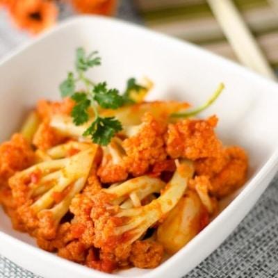 Stir Fried Cauliflower with Tomato Sauce   Omnivore's Cookbook