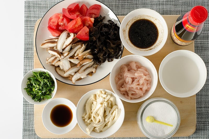 Hot and Sour Soup Ingredients | Omnivore's Coobkook
