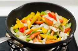 Black Pepper Steak cooking process | Omnivore's Cookbook