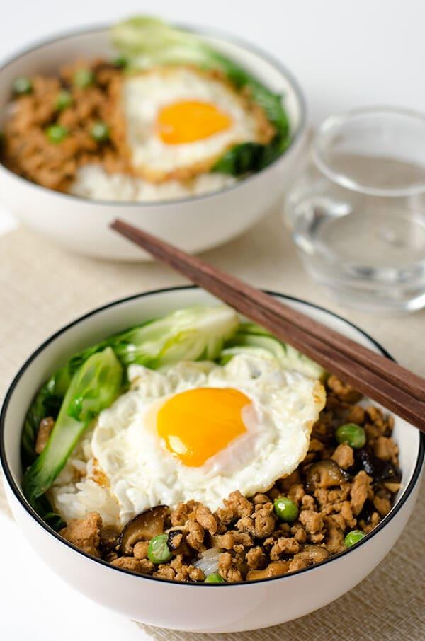 Chinese ground chicken bowl | Omnivore's Cookbook
