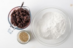 Sticky Rice Cake with Red Bean Paste ingredients | Omnivore's Cookbook