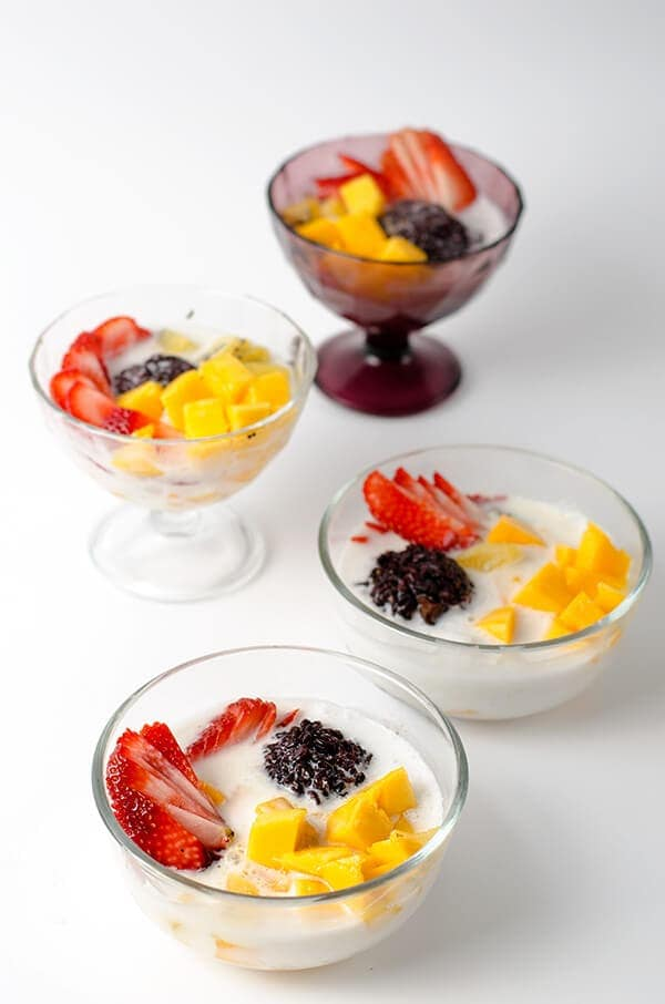 Black Rice with Coconut Milk and Fruits | omnivorescookbook.com