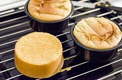 Matcha Cake cooking process | omnivorescookbook.com