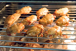 Chinese Baked Hot Wings Cooking Process | omnivorescookbook.com