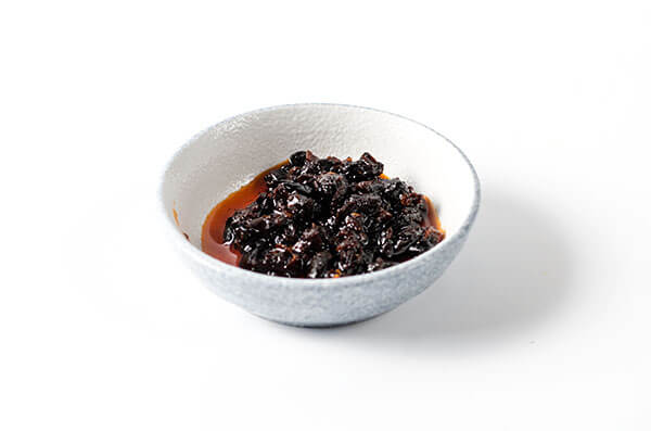 Fermented Black Bean Paste 豆豉酱 | omnivorescookbook.com