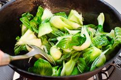 Stir Fried Bok Choy with Crispy Tofu Cooking Process   omnivorescookbook.com