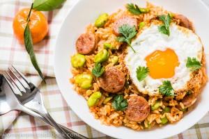 Tomato Fried Rice with Sausage | omnivorescookbook.com