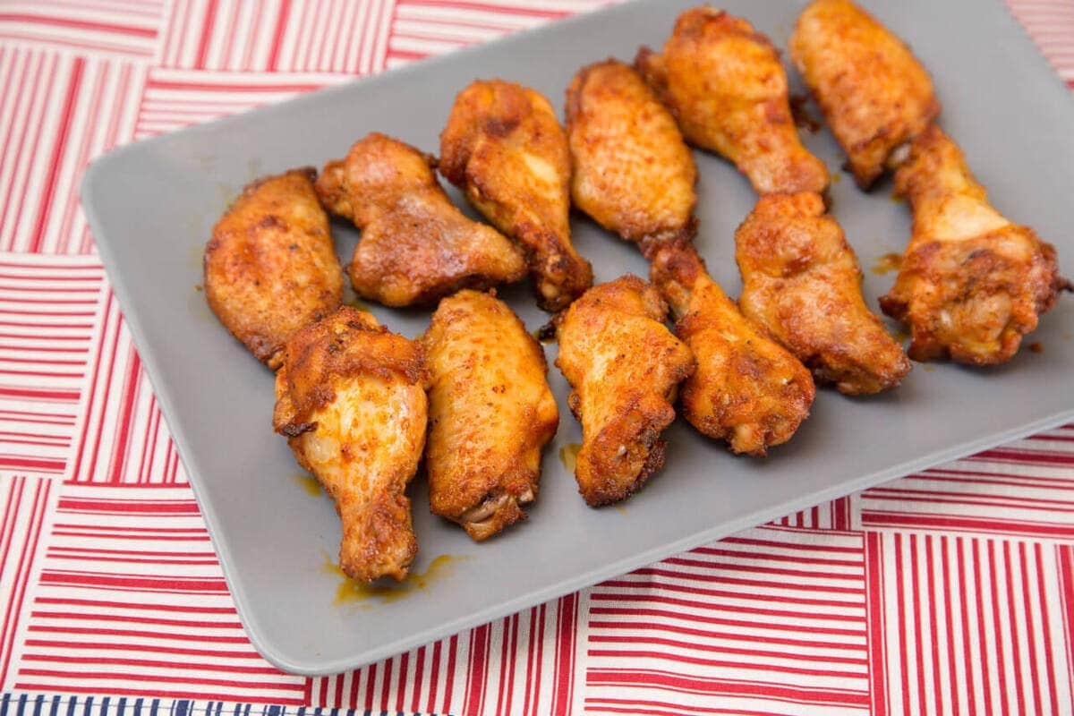 15 Chicken Wings Recipes that Will Blow your Mind - Baked Smoked Paprika Chicken Wings - Baked Smoked Paprika Chicken Wings - Baked Smoked Paprika Chicken Wings