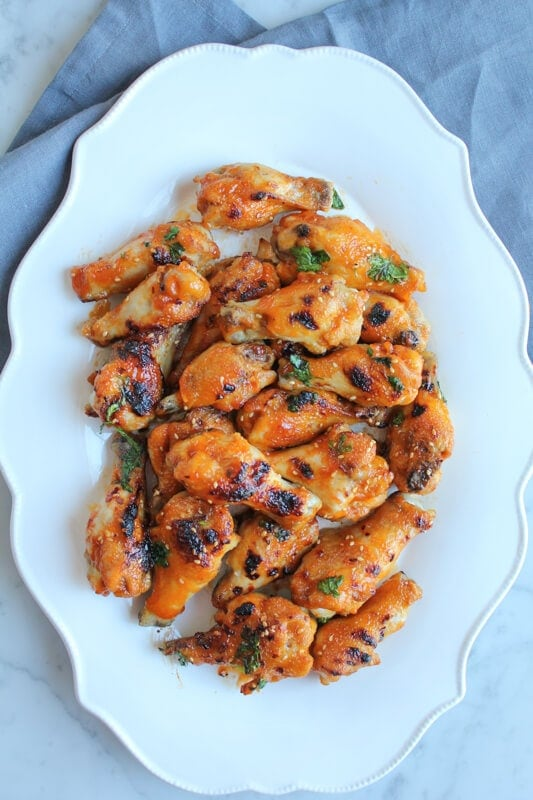 15 Chicken Wings Recipes that Will Blow your Mind - Extra Spicy Honey-Sriracha Chicken Wings