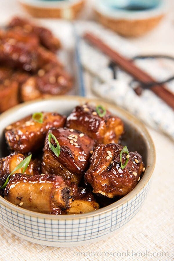 The Best Crispy Sweet and Sour Ribs (糖醋小排)   omnivorescookbook.com