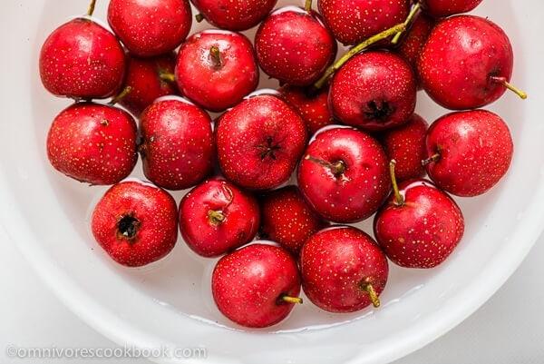 Fresh Hawthorn Berries | omnivorescookbook.com