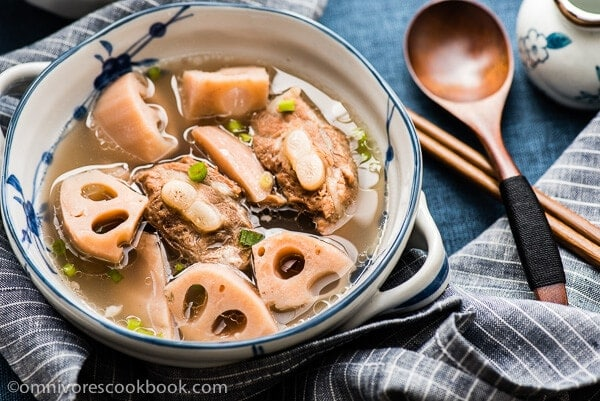 Lotus Root Soup With Pork Ribs (排骨莲藕汤) | Omnivore's Cookbook