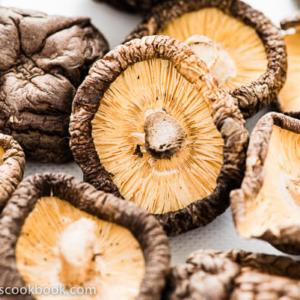 Dried Shiitake Mushroom | omnivorescookbook.com