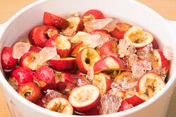 Hawthorn Berry Juice Cooking Process | omnivorescookbook.com