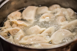 Mom's Best Lamb Dumpling Cooking Process | omnivorescookbook.com
