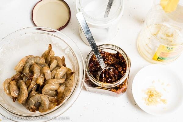 Sichuan Spicy Shrimp Stir-Fry ingredients | omnivorescookbook.com