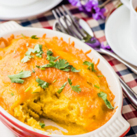 Healthy Mashed Sweet Potato Casserole - They're so creamy and moist in texture, with a cheesy crust. A quick, satisfying, and healthy side dish that contains only five ingredients | omnivorescookbook.com