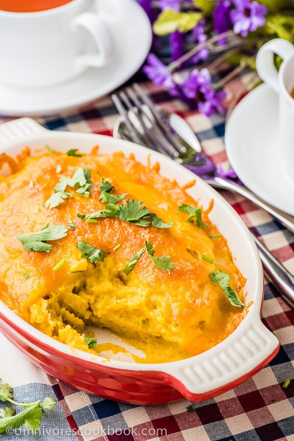 Healthy Mashed Sweet Potato Casserole - They're so creamy and moist in texture, with a cheesy crust. A quick, satisfying, and healthy side dish that contains only five ingredients   omnivorescookbook.com