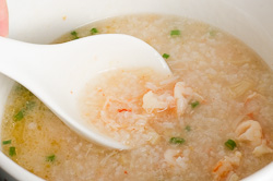 Seafood Congee - the ultimate comfort food Cooking Process | omnivoerscookbook.com