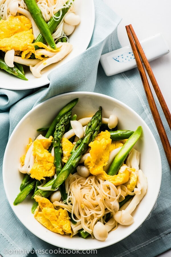 Asparagus Salad with Mushroom, Eggs, and Glass Noodles