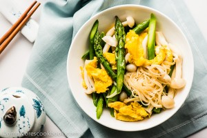 Asparagus Salad with Mushroom, Eggs, and Glass Noodles - A simple yet scrumptious spring salad that is wonderfully flavorful, rich in nutrition, low in calories, and takes less than 30 minutes to get ready. | omnivorescookbook.com