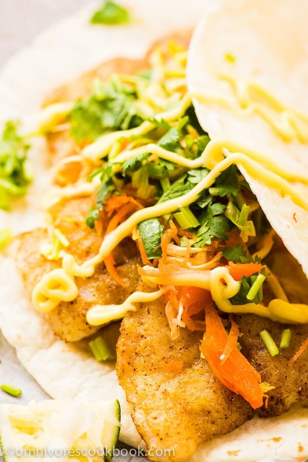 Curried Fish Tacos - simple and super flavorful tacos that only require 30 minutes to prepare and are perfect for a potluck   omnivorescookbook.com