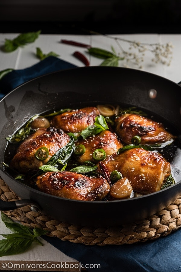 Baked Three Cup Chicken (三杯鸡) - Cook the best chicken with minimal effort | omnivorescookbook.com