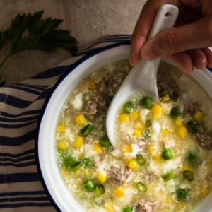 Chinese Corn Soup (鸡蛋玉米羹)