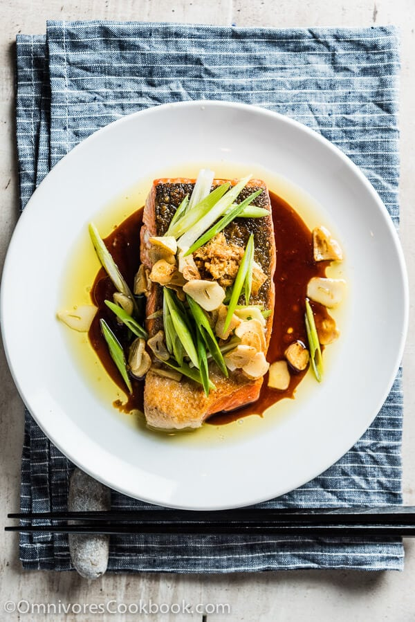 Crispy Salmon with Ginger Soy Sauce | Omnivore's Cookbook