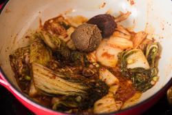 Korean Stew Cooking Process | omnivorescookbook.com