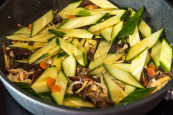 Moo Shu Vegetables Cooking Process | omnivorescookbook.com