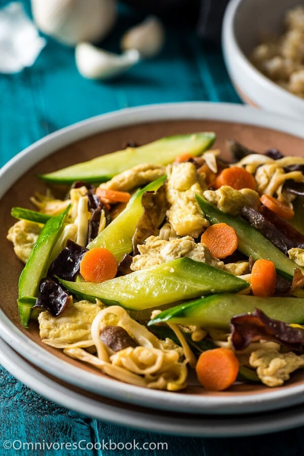 Moo Shu Vegetables - A quick and delicious dish that you can serve as a side or enjoy as a main   omnivorescookbook.com