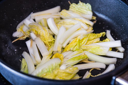 Char Siu Pork Lo Mein Cooking Process | omnivorescookbook.com