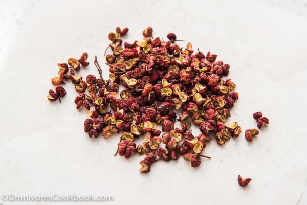 Sichuan Peppercorns | omnivorescookbook.com