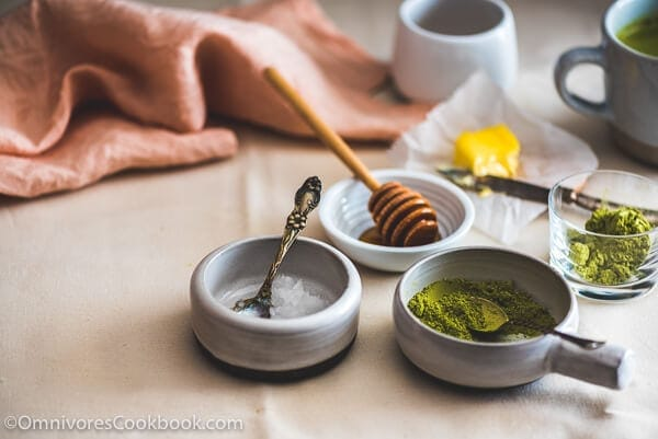 Superfood Matcha Latte - This drink is delicious, keeps you energized for 4 hours, and helps you lose weight! | omnivorescookbook.com