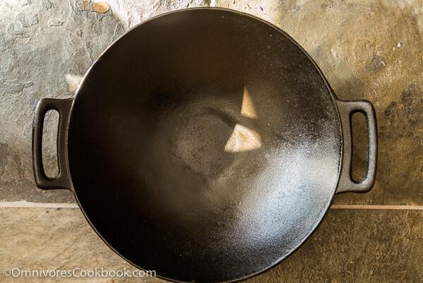 How to Season Cast Iron Pans | omnivorescookbook.com