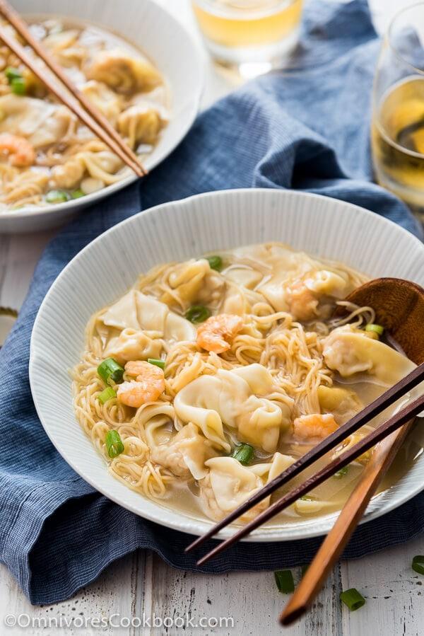 Cantonese Wonton Noodle Soup (港式云吞面) | Omnivore's Cookbook