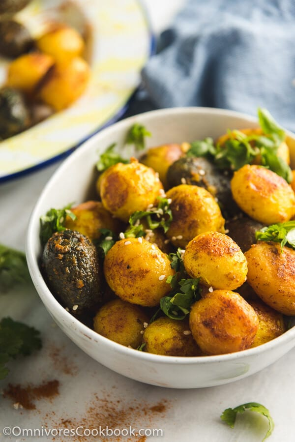 Crispy Pressure Cooker Potatoes - Moist and tender in texture and crispy on the surface. They require less oil than roasted potatoes and taste even better!