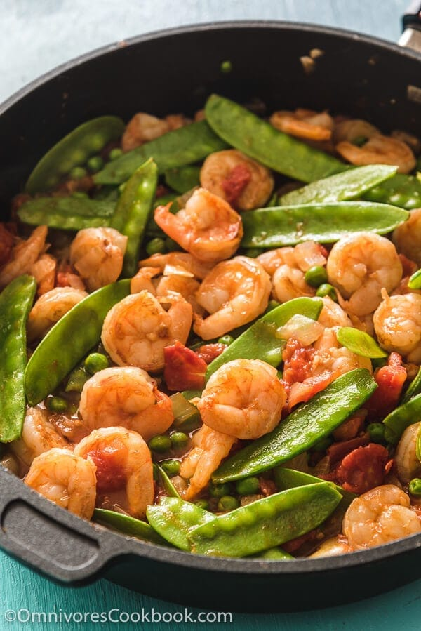 Tomato Shrimp Stir Fry Recipe (番茄炒虾仁) - A classic homestyle Chinese dish that requires 15 minutes to get ready and guarantees the freshest results.