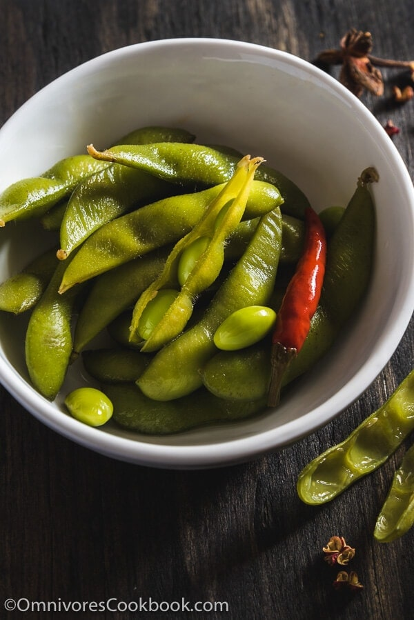 Eight-Spice Edamame - An addictive snack that you can serve as an appetizer or accompaniment to beer.