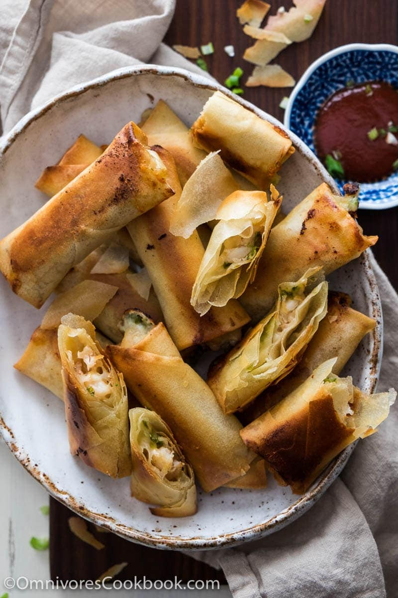 A addictive dim sum dish made easy! This recipe does not require deep frying, pre-cook the filling, and is so easy to get ready.