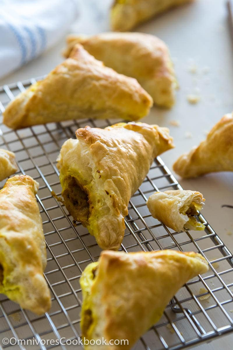 thanksgiving leftover curry puffs 咖喱角 omnivore s cookbook