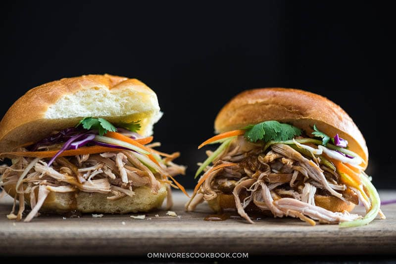 Slow Cooker Honey Garlic Chicken Sliders Cooking Process