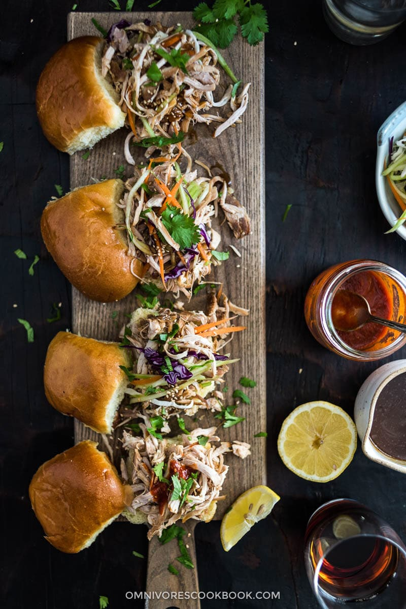 Slow Cooker Honey Garlic Chicken Sliders - Asian Food | Asian Recipe | Game Day | Party | Finger Food | Appetizer