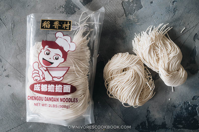 Packed noodles for dan dan noodles