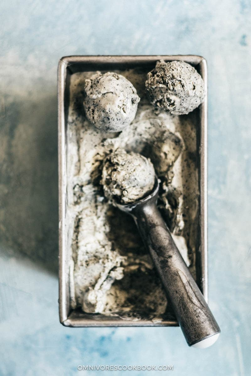 Black Sesame Ice Cream | Homemade | Recipes | Party | No Churn | Desserts | Easy | Asian | Chinese | Summer